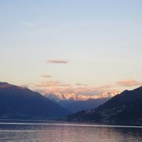 Lago Maggiore in Abendstimmung